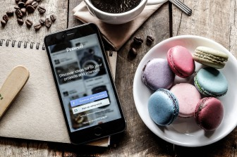 Macaroons and Pinterest